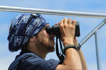 rodrigo_binoculars